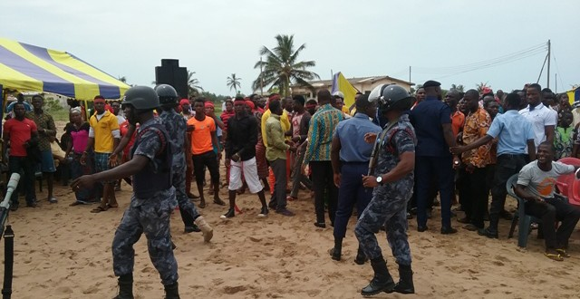 Fishermen Association protest against attacks on members by illegal vigilante group