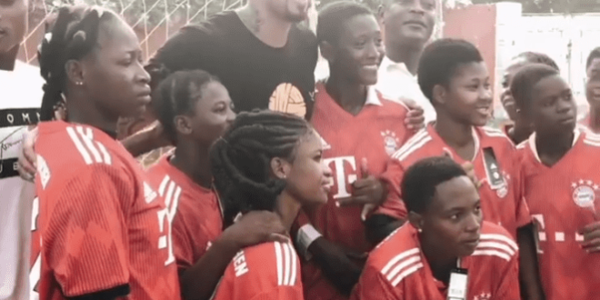 My visit to Ghana was a special end to a difficult year – Jerome Boateng