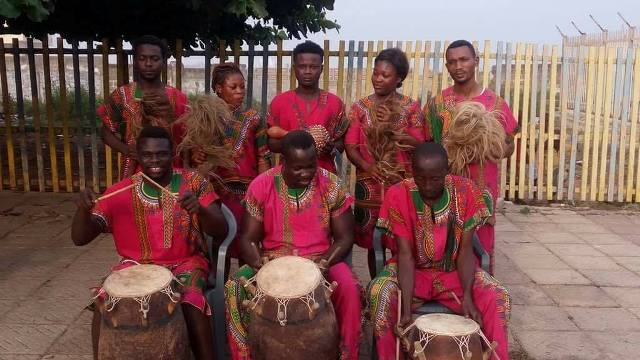 The Akwaaba Dance Ensemble will be performing Ghanaian dances in seven French cities